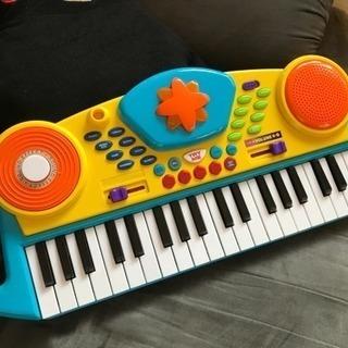 おもちゃキーボード