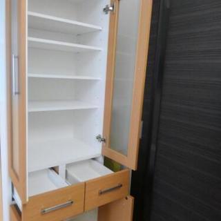 【9ヶ月間使用】耐震ラッチ付食器棚