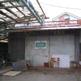 パン屋さんまたはコーヒーショップその他現状で倉庫に