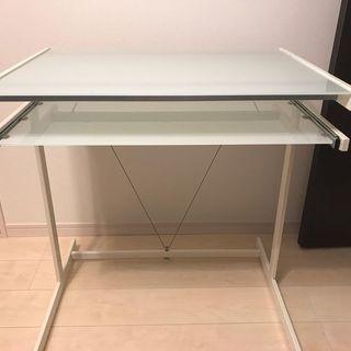 ガラステーブル(美品) - 売ります・あげます