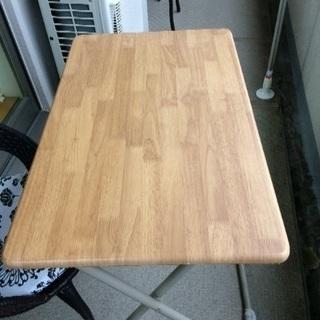 無料 折りたたみテーブル椅子セット