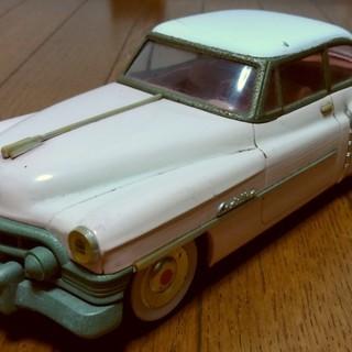 【交渉中】ブリキの自動車 1950年型キャデラック ピンク