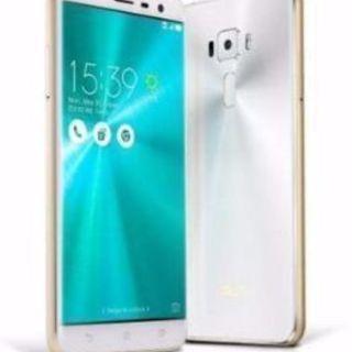 台湾製 Zenfone3(ze520kl) ホワイト 64GB/4...