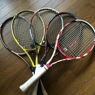 水曜日11時から13時まで楽しくテニスの練習をしませんか