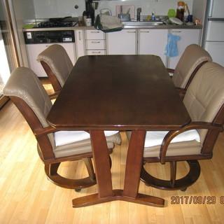 食卓テーブル・椅子