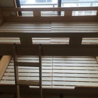 [家具]二段ベッド(木製)