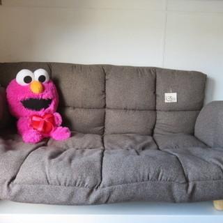 ソファー 破れありで値下げ品