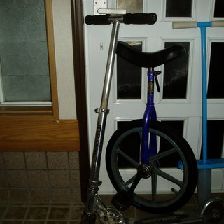 中古品 全部で500円外遊び用乗用玩具 日本製一輪車18インチ ホ...