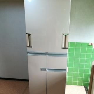 シャープ両開き冷蔵庫(プラズマクラスタ370L)