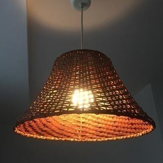 IKEA電気 と  IKEA6.3wLED電球  セット
