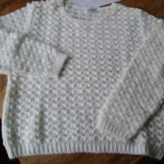 白透かし変わり編みのニット おしゃれできれいな古着 100円