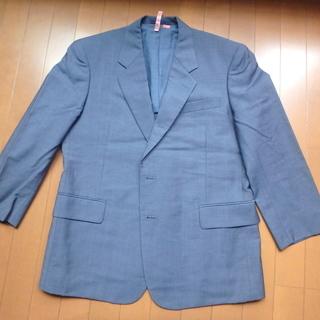 ブルーのジャケット。ウールマーク