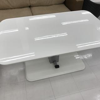 取りに来て頂ける方限定!機能性の高いリフティングテーブルのご紹介です!