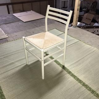 【激安!!】シンプルな椅子 白 ホワイト 木製 1脚500円!! ...