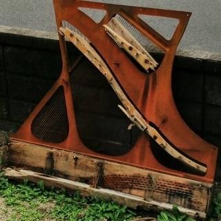 鉄ゴミ(ピアノの中身)廃棄