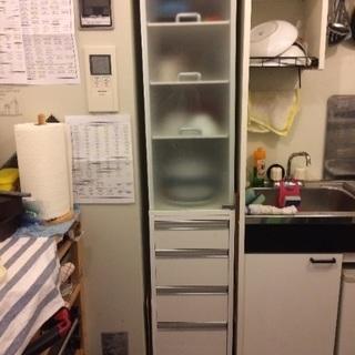 食器棚 すき間収納