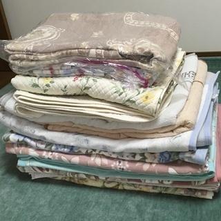 毛布と敷パッド 17点セット