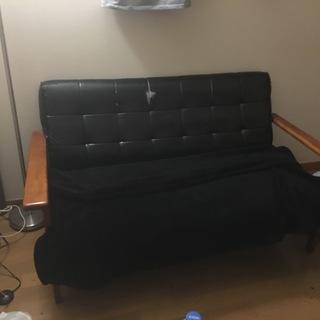 黒いソファー