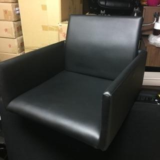新品・アウトレット 『  レザータイプの座椅子 』
