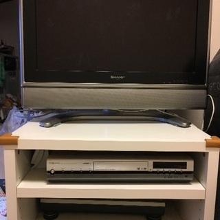 差し上げます!AQUOS液晶テレビ、TOSHIBAビデオ、IKEA...