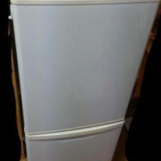 パナソニック冷蔵庫  NR-B143W