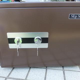 耐火金庫 家庭用 Sky Safe  2キーシステム