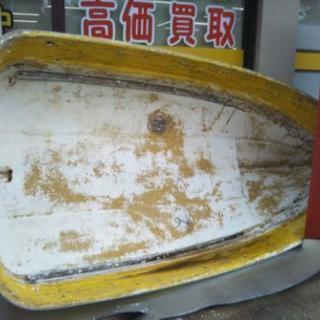 FRPボートジャンク品。