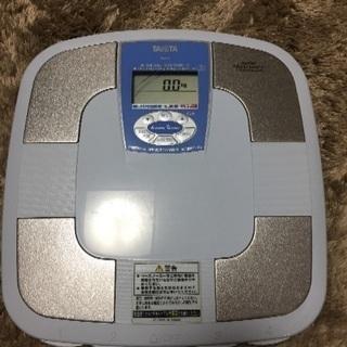 タニタ 体脂肪率 体重計 中古品