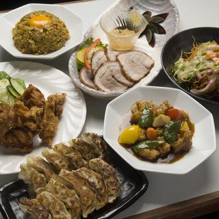 中華料理メインのホールスタッフ  平日のみ