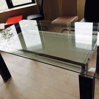 ガラス板、ニトリのダイニングテーブル 無料で差し上げます。