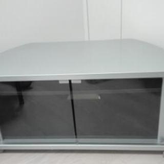 テレビボード 美品 コーナータイプ 当方32インチにて使用 シルバー