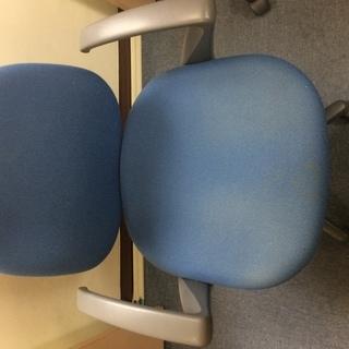 ウチダ製 両袖椅子