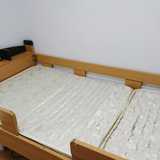 商談中)二段ベッド(宮付き、ライト、マットレス付き、はしごもありま...