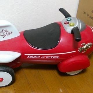RADIO FLYER(レディオフライヤー)ロケット型  車
