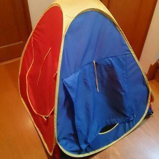 ボールプールになる室内用テント