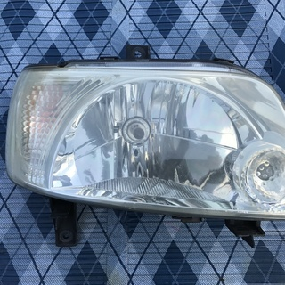 ダイハツ ムーブカジュアル  L900S ヘッドライト 右USED品
