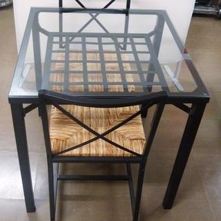 IKEA 2人用ガラスダイニングテーブルイス2脚セット 中古品