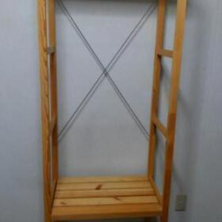 木製ハンガーラック、譲ります。10月31日まで