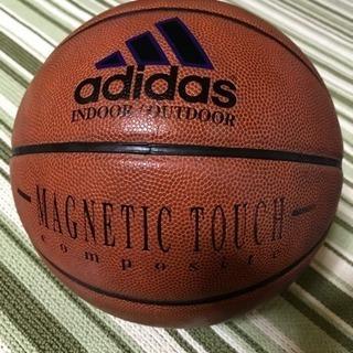 adidas バスケットボール