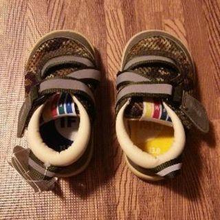 ベビー靴 IFME 13センチ 新品スニーカー 未使用
