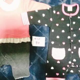 ベビー女の子の服、1着500円