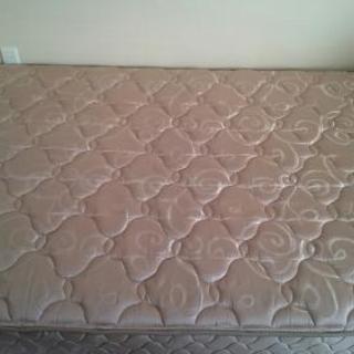 値下げ‼  シーリー マットレス ベッドマット