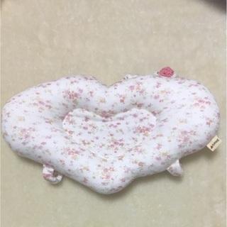 スーリーの授乳腕枕