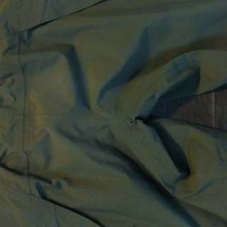 <<交渉中>> サロモン スキーパンツ サイズS 色オリーブグリーン ゴアテックス 美品 - スポーツ