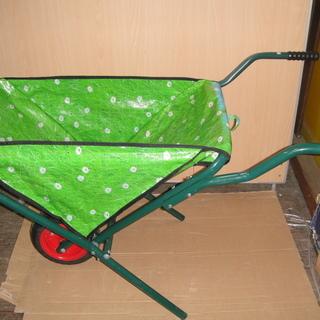 (UE028)運搬用一輪車