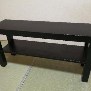 黒い薄型テーブル 隙間家具としても利用可能