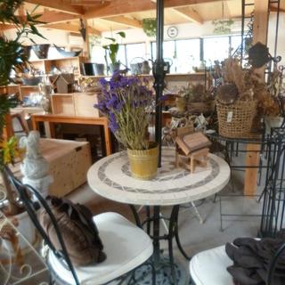 ◆セール中!店頭販売品◆メーカー:タカショー◆ガーデン用テーブル...
