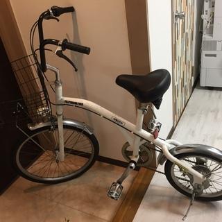 前後のタイヤのサイズが違う自転車/本体