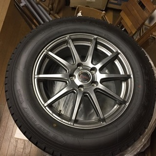225/65R17 ホイル付き Goodyearグットイアー ほぼ新品