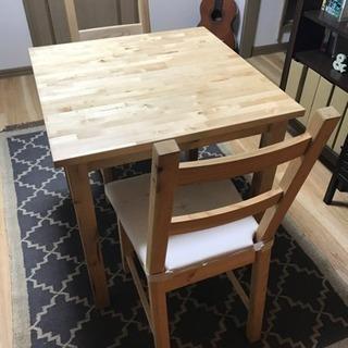 ダイニングテーブル IKEA Norden と椅子 IKEA Ivar
